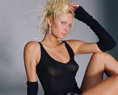 Пэрис Хилтон без бюстгальтера в журнале Elle фото #6
