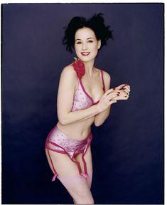 Дита фон Тиз показала голую грудь в фотосессии Криса Куффаро фото #8