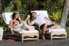 Беременная Меган Фокс в бикини на Гавайях фото #15