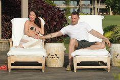 Беременная Меган Фокс в бикини на Гавайях фото #27