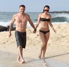 Стройная красотка Меган Фокс отдыхает на плаже в Гавайях фото #6