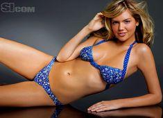 Разрисованная грудь Кейт Аптон для Sports Illustrated фото #5