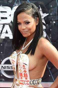 Оголенная грудь Кристины Милиан на премии BET Awards фото #8