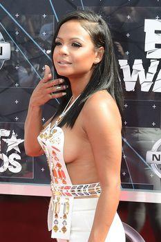 Оголенная грудь Кристины Милиан на премии BET Awards фото #9
