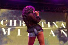 Сексуальная Кристина Милиан в бюстгальтере на фестивале «Горячая сотня Billboard» фото #8