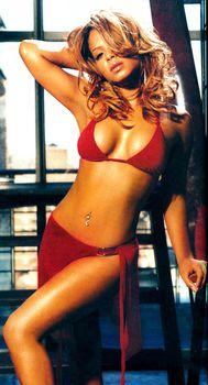 Эротичная Кристина Милиан в журнале FHM фото #4