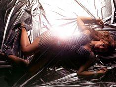 Сексапильная Кристина Милиан в журнале King фото #10