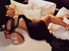 Сексапильная Кристина Милиан в журнале King фото #11