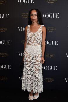 Зои Кравиц без бюстгальтера на 95-й годовщине Vogue фото #4