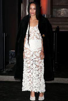 Зои Кравиц без бюстгальтера на 95-й годовщине Vogue фото #8