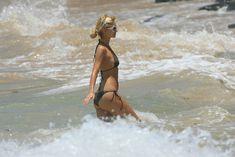 Стройная Пэрис Хилтон отдыхает на Гавайях фото #2