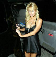 Пэрис Хилтон в сексуальном черном наряде фото #2