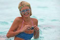 Пэрис Хилтон в цельном купальнике на Бора-Бора фото #4