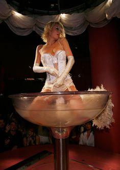 Возбуждающая Пэрис Хилтон в белье для Бурлеска с Pussycat Dolls фото #5
