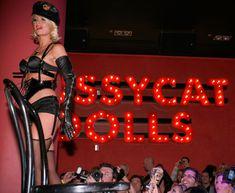 Возбуждающая Пэрис Хилтон в белье для Бурлеска с Pussycat Dolls фото #28