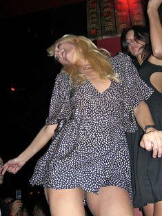 Сексапильная Пэрис Хилтон отрывается на юбилейном вечере для Тао в Лас-Вегасе фото #2