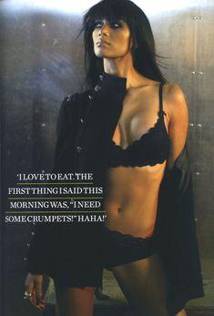 Страстная Николь Шерзингер в журнале FHM фото #3