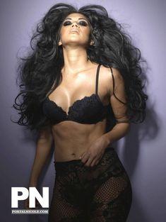 Николь Шерзингер в белье для журнала Giant фото #6