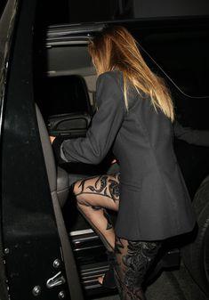Попа Николь Шерзингер покидает ночной клуб Warwick фото #2