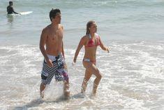 Хайден Панеттьери отдыхает на пляже фото #5