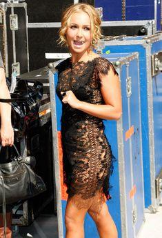 Откровенное платье Хайден Панеттьери на Late Show, США, Июль 2009 фото #3