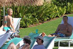 Попка Хайден Панеттьери на пляже в Гавайях фото #3
