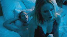 Секс кадры с Кристен Белл в сериале «Обитель лжи» фото #7