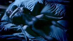 Секс кадры с Кристен Белл в сериале «Обитель лжи» фото #15