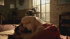 Голая Эмми Россам в сериале «Бесстыжие» фото #55