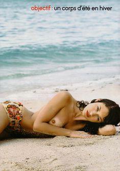 Голая грудь Ольги Куриленко в журнале Elle фото #3