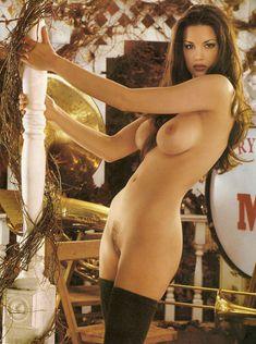 Раздетая Тиффани Тейлор  в журнале Playboy фото #4