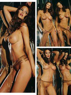 Тиффани Тейлор обнажилась в журнале Playboys Nude Playmates фото #3