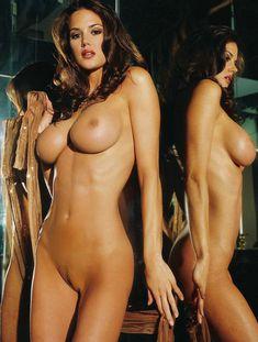 Тиффани Тейлор обнажилась в журнале Playboys Nude Playmates фото #4