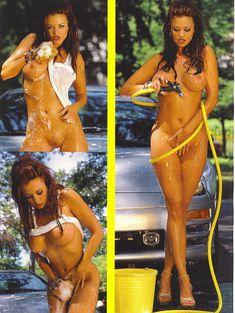 Полностью голая Кэндис Мишель моет себя в журнале Playboy Girls of Summer фото #4