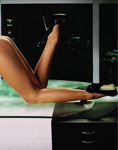 Кармен Электра разделась в журнале Playboy фото #8