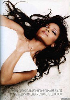 Сексуальная Джанет Джексон топлесс снялась в журнале Maxim фото #3