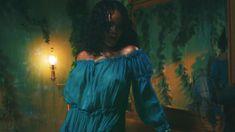 Рианна без лифчика в клипе Wild Thoughts фото #6