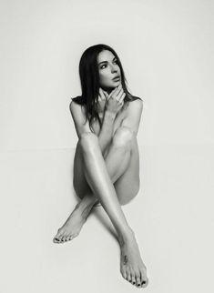 Агния Дитковските без лифчика в арт-проекте Philips «Я люблю себя настоящую» фото #3