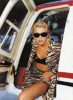 Алена Свиридова показала голую грудь в Playboy фото #11