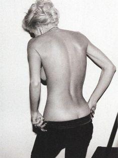 Алена Свиридова разделась в журнале Playboy фото #6