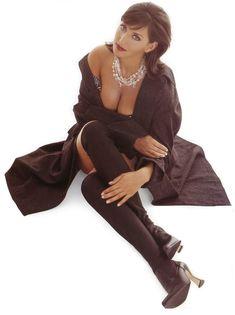 Алика Смехова в эротической фотосессии для Playboy фото #4