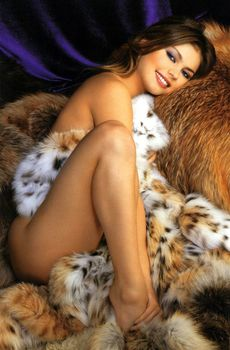 Эротичная Алина Кабаева в журнале Maxim фото #3