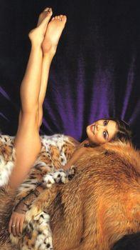 Эротичная Алина Кабаева в журнале Maxim фото #4