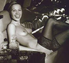 Алиса Селезнева топлесс в журнале Playboy фото #5
