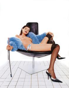 Голые сиськи Анны Азаровой в журнале Playboy фото #5