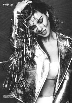 Анна Седокова в сексуальном белье для журнала Playboy фото #8