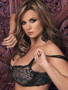 Анна Семенович обнажилась в журнале Playboy фото #4
