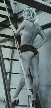 Анна Семенович без лифчика в журнале «Спoрт-клуб» фото #2