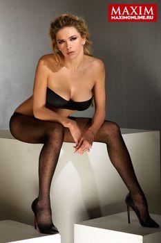 Вера Брежнева в эротической фотосессии для журнала «Максим» фото #2