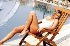Вера Брежнева в облегающем купальнике фото #4